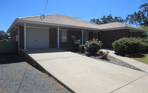 19 Beattie Street, Temora NSW 2666