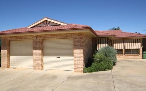 2 23 Kirrang Avenue, Glenfield Park NSW
