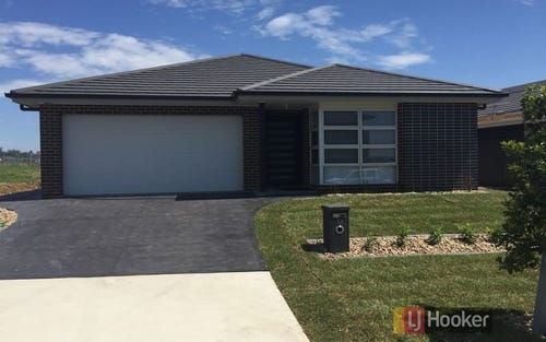13 Bourne Ridge, Oran Park NSW