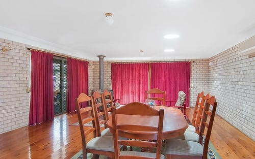 8 Garfield St, Mcgraths Hill NSW 2756