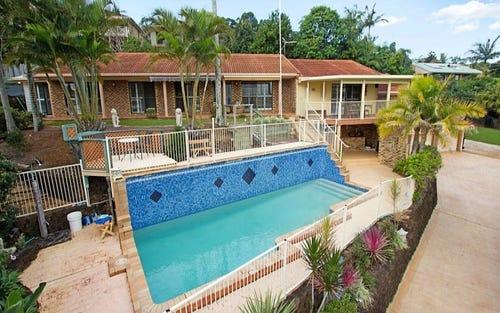 4 Castlecrag Avenue, Banora Point NSW 2486