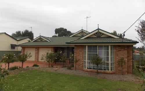 13 Webb Street, Parkes NSW 2870