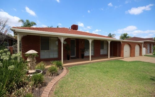 27 Overdale Drive, Bourkelands NSW 2650