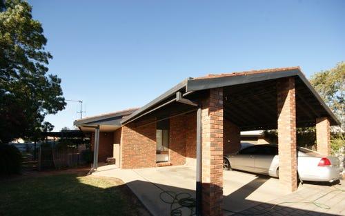 4 Renwick Crt, Deniliquin NSW 2710