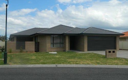 1/32 Amanda Crescent, Forster NSW 2428