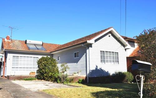 16 Payten Ave, Roselands NSW