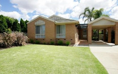 5 Schooner Place, Estella NSW