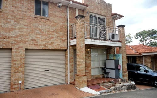 9/15-17 Dalton Place, Fairfield West NSW 2165