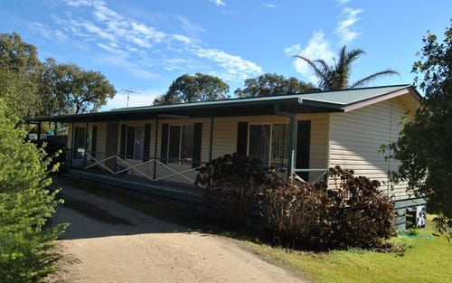 141 Staggs Lane, Inverell NSW 2360