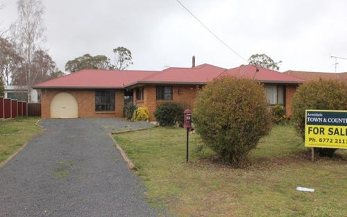 34 Manse Street, Guyra NSW 2365