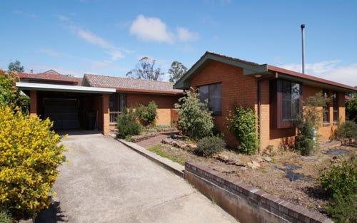 7 Hughes Place, Armidale NSW 2350