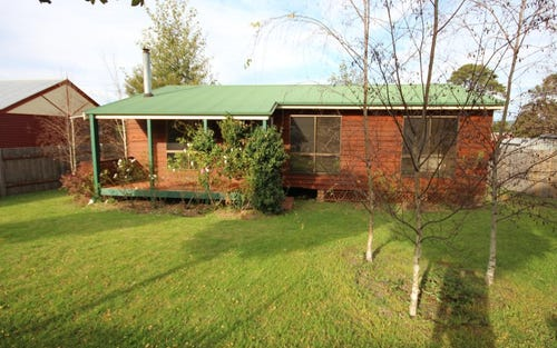 63 George Street, Tenterfield NSW 2372