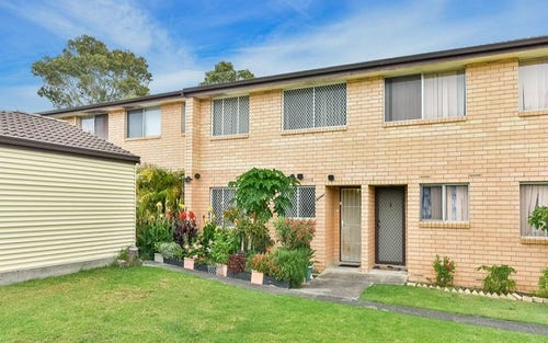 13/10 atchison road, Macquarie Fields NSW