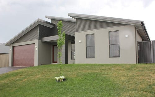3 Keane Drive, Bathurst NSW 2795