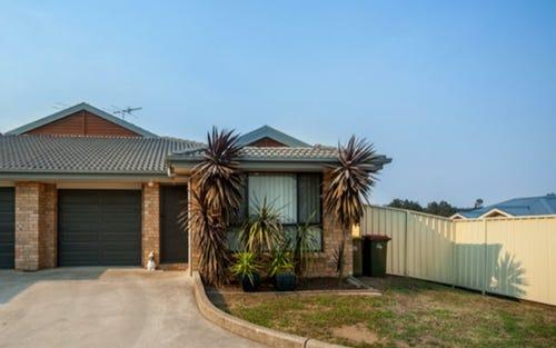 2/144A Casey Drive, Singleton NSW 2330