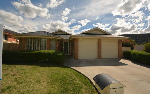 1 Henderson Place, Lithgow NSW