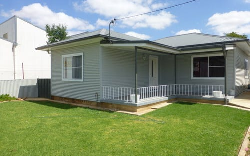 10 Oxley Street, Parkes NSW 2870