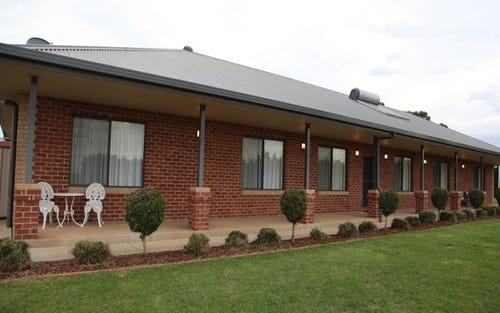 73 Mitchell Road, Wagga Wagga NSW 2650