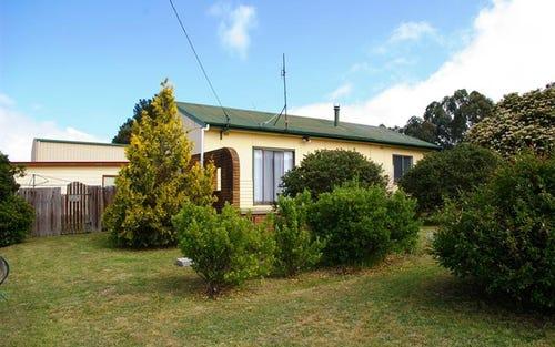 215N Pakington St, Walcha NSW