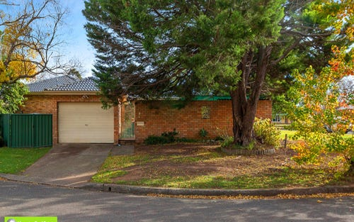 3 Hastings Place, Campbelltown NSW 2560
