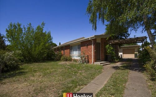 5 Heaton Place, Downer ACT