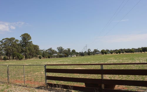 3 Evatt Street, Temora NSW 2666