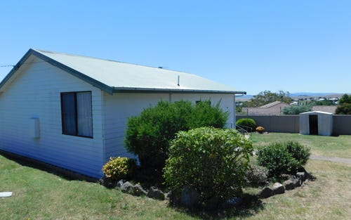 5 Babin Place, Cooma NSW
