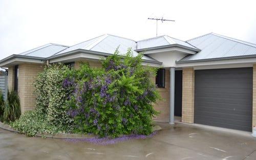 2 & 3/56A Anzac Avenue, Cessnock NSW 2325