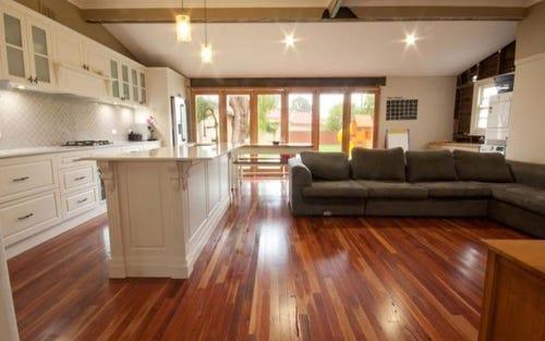 64 Pitt Street, Singleton NSW 2330
