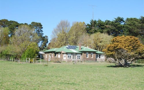 332 Oxley Highway, Walcha NSW 2354