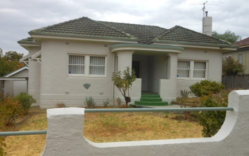 115 William, Young NSW 2594