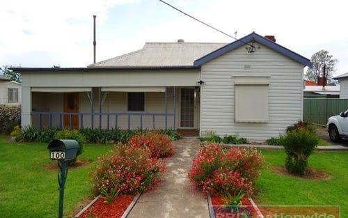 100 Russell Street, Tumut NSW 2720