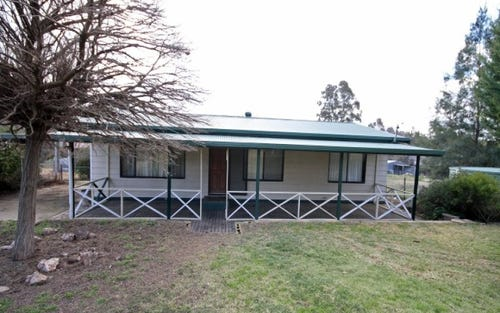11 Monteagle Street, Binalong NSW 2584