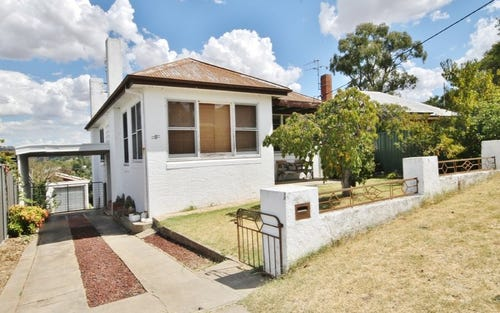 8 Hill Street, Bathurst NSW