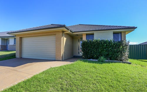 22 Mileham Circuit, Rutherford NSW 2320