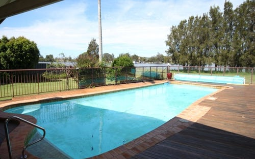 30 Rest Point Parade, Tuncurry NSW 2428