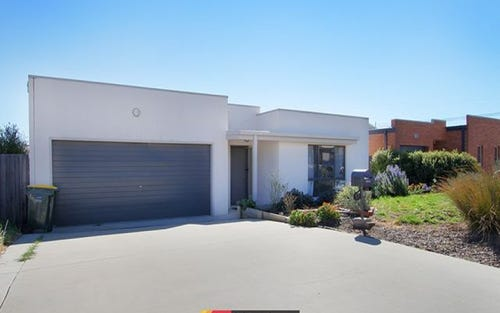 17 Heighway Street, MacGregor ACT