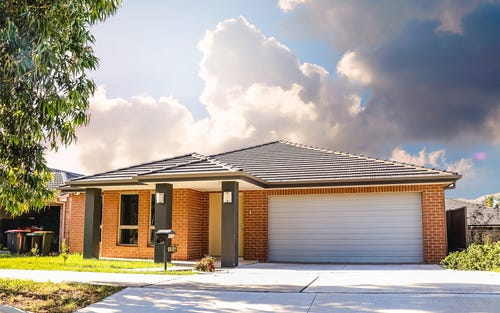104 Greenwood Parkway, Jordan Springs NSW