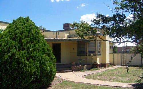 24 Napier Street, Binnaway NSW 2395