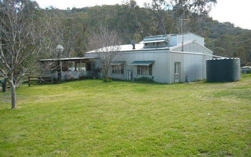 FROGHOLLOW, Woolomin NSW 2340
