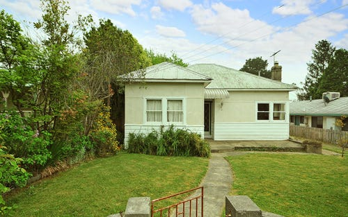 4 Woodlands Road, Katoomba NSW 2780