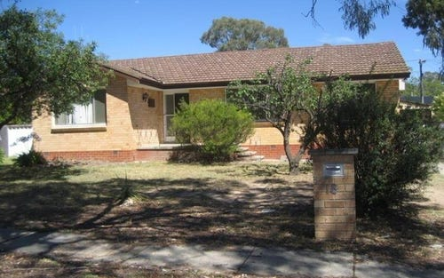 18 Hodgson Crescent, Pearce ACT