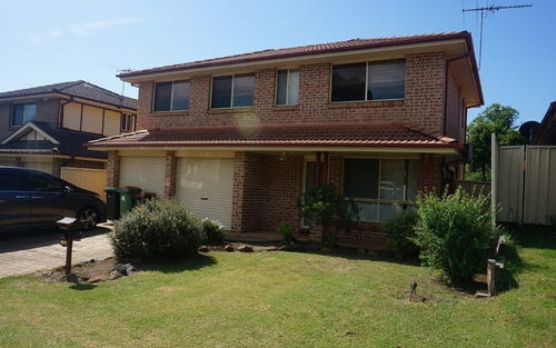 121 The Lakes Drive, Glenmore Park NSW