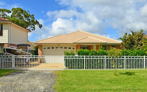 18 Lagoon Street, Ettalong Beach NSW 2257