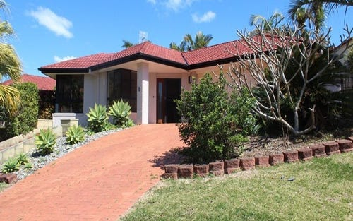 8 Bluewater Place, Sapphire Beach NSW 2450