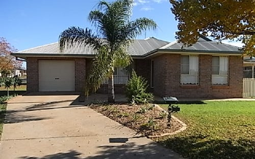 6B Thomas Tom Crescent, Parkes NSW