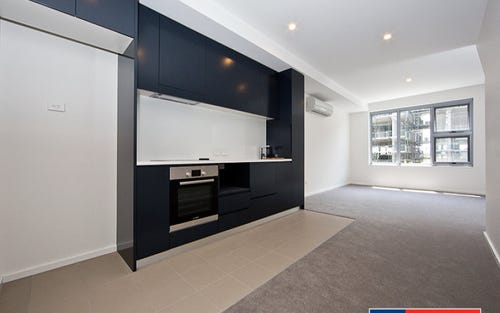 118/50 East Lake Parade, Kingston ACT