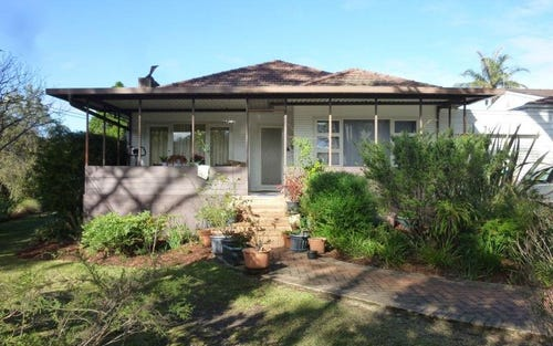 4 Cecil Road, Hornsby NSW 2077