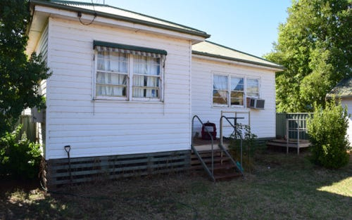 49 Howard Street, Peak Hill NSW 2869