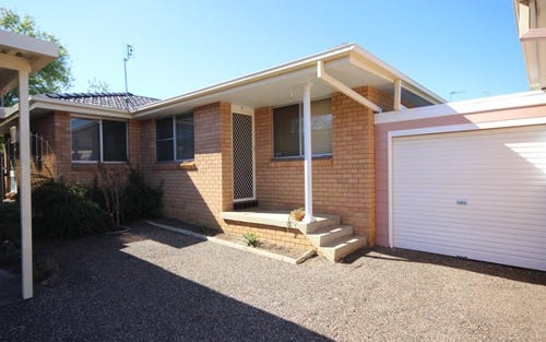 4/82 Belmore Street, Tamworth NSW 2340
